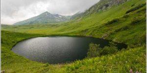 Озеро зеркальное. Горные походы с гидами
