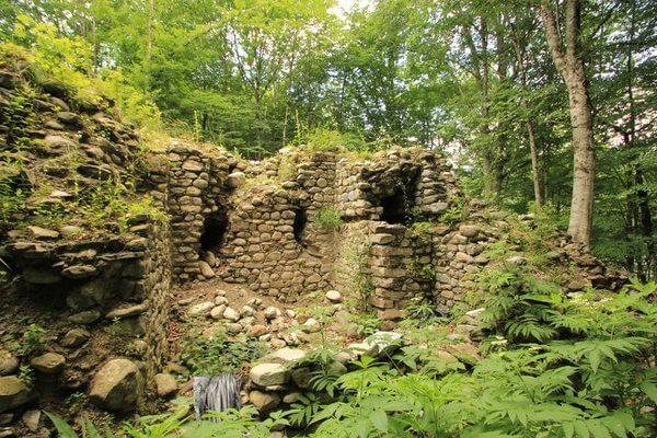 Развалины крепости Ачипсе